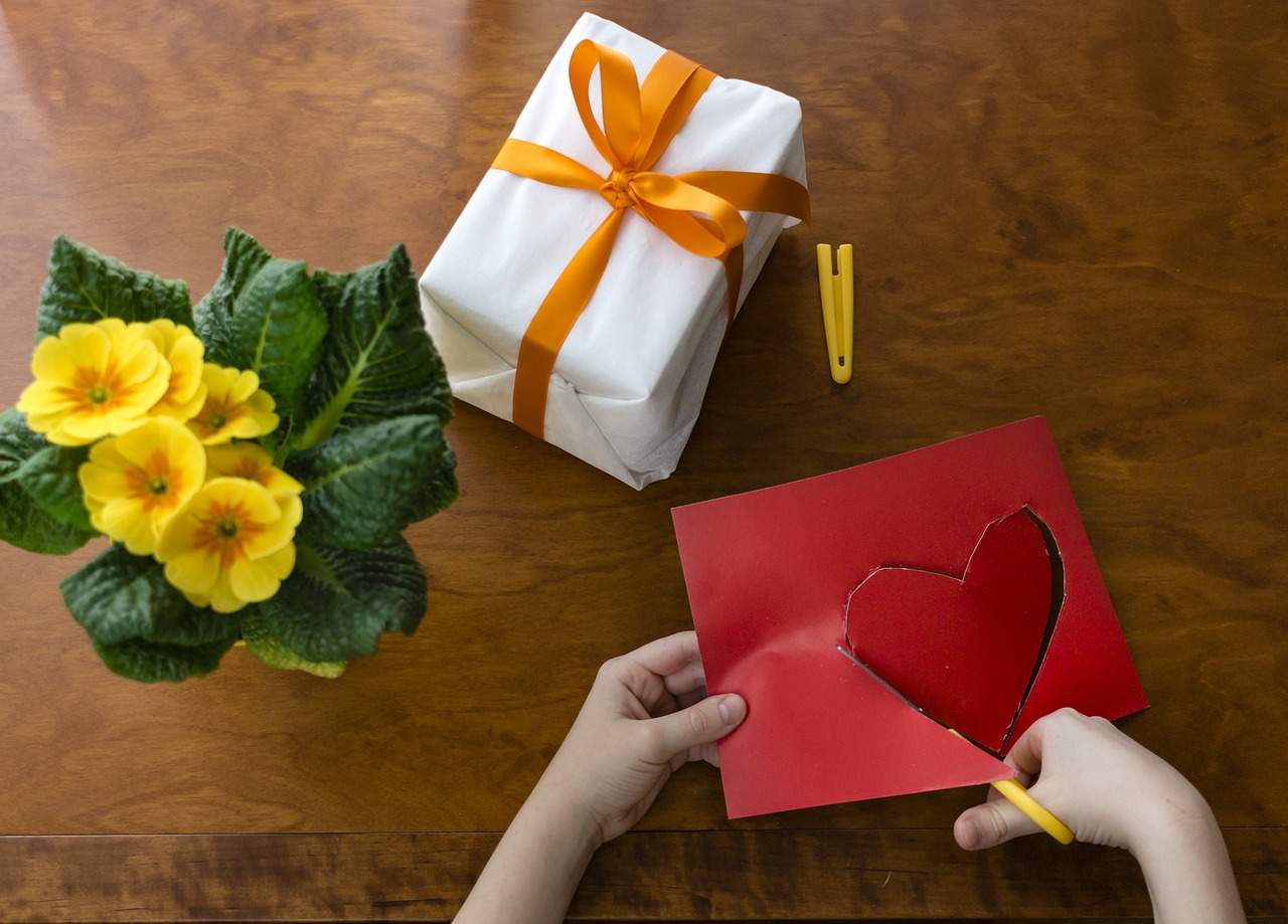 UK personalised gifts market anticipated to reach £1 billion in the next 12 months