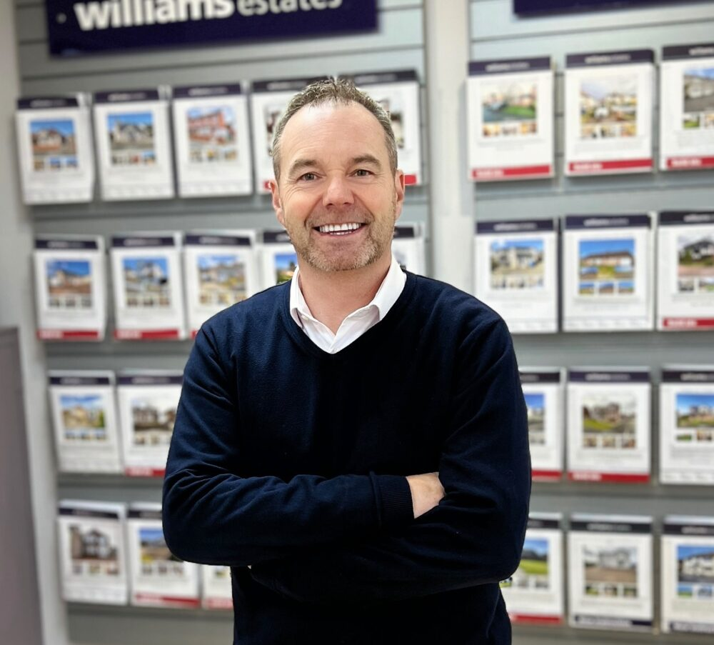 Estate agent celebrates 21st anniversary and targets record national award win