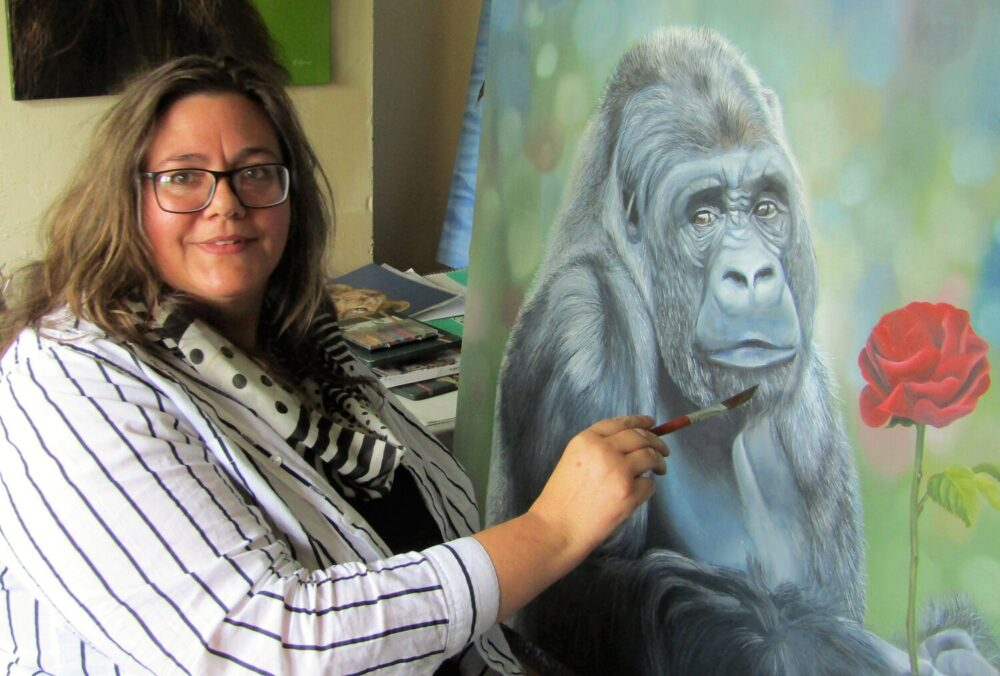 Talented artist has brush with business success after global arts final